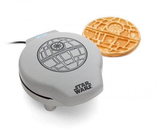 huik_sw_death_star_waffle_maker.jpg