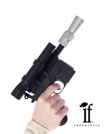 dl44-blaster-in-hand.jpg