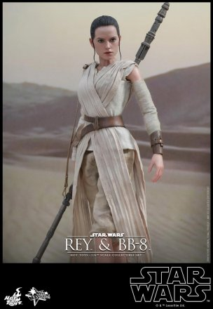 Hot Toys - Star Wars - The Force Awakens - Rey & BB-8 Collectible Set_PR8.jpg
