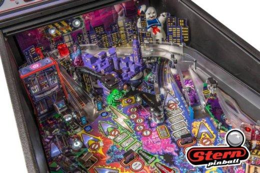 Zombie-Yeti-Ghostbuster-Pinball-4.jpg