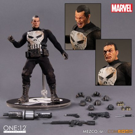 MezcoOne12-The-Punisher-accessories.jpg