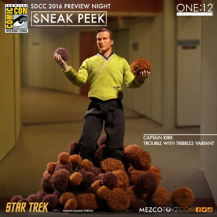 One12-Mezco-Trouble-with-Tribbles-Kirk.jpg