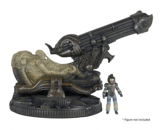 NECA-Alien-Foam-Space-Jockey-002.jpg