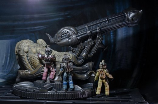 NECA-Alien-Foam-Space-Jockey-003.jpg