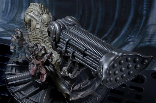 NECA-Alien-Foam-Space-Jockey-017.jpg
