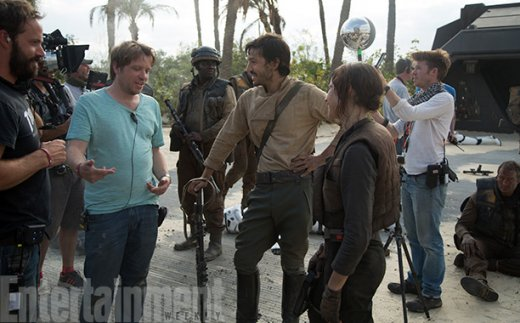 rogue-one-gareth-edwards-diego-luna-felicity-jones.jpg