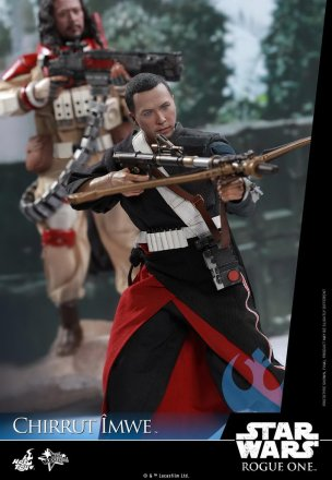 Hot-Toys---Rogue-One-A-Star-Wars-Story---Chirrut-Imwe-Collectible-Figure_PR6.jpg