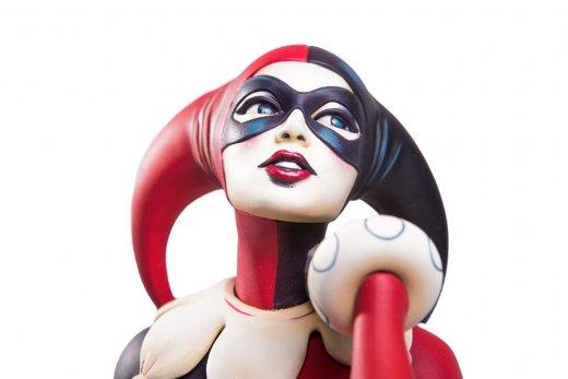 Harley-Quinn-Statue-by-Mondo-014.jpg