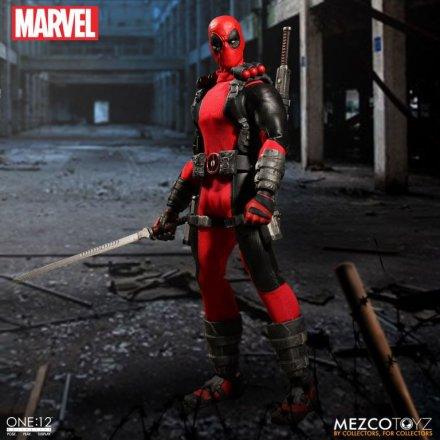 Mezco-Toyz-One-12-Collective-Deadpool-01.jpg