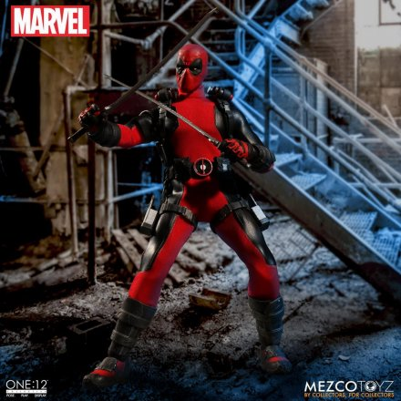 Mezco-Toyz-One-12-Collective-Deadpool-03.jpg
