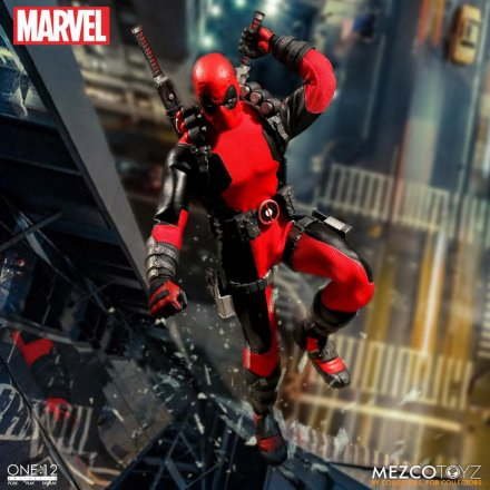 Mezco-Toyz-One-12-Collective-Deadpool-06.jpg