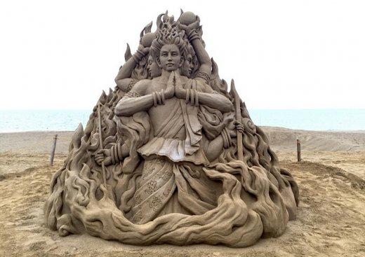 toshihiko-hosaka-sand-sculpture-12.jpg