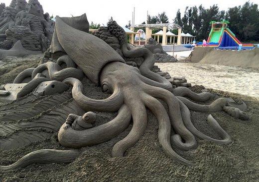 toshihiko-hosaka-sand-sculpture-13.jpg