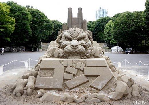 toshihiko-hosaka-sand-sculpture-3.jpg