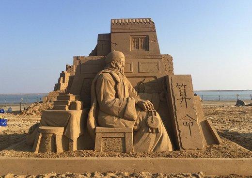 toshihiko-hosaka-sand-sculpture-7.jpg