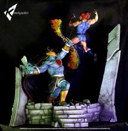 Lion-O-vs-Mumm-Ra-Statue-005.jpg