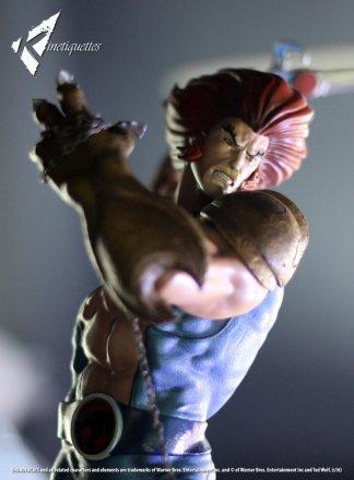 Lion-O-vs-Mumm-Ra-Statue-014.jpg