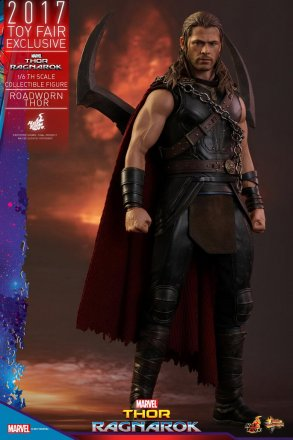 Hot-Toys---Thor-3---Roadworn-Thor-Collectible-Figure_PR1.jpg