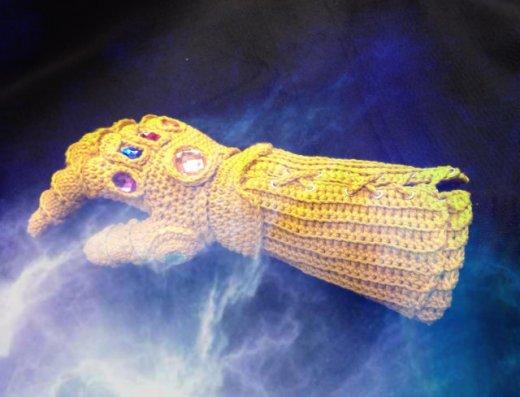 crochet-infinity-gauntlet-5.jpg
