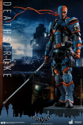 Hot Toys - Batman Arkham Origins - DeathStroke collectible figure_PR1.jpg
