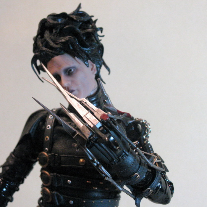 edward scissorhands movie review essay